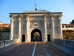 Percorso accessibile da Porta san Tomaso